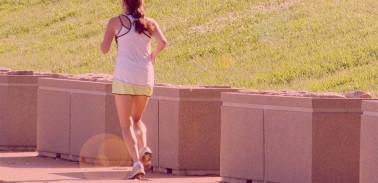 Atividades físicas exigem cuidados extras no calor