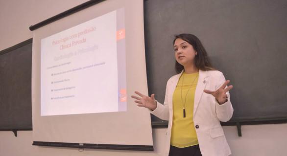 Jennifer de França Oliveira Nogueira na XXXVII Semana da Psicologia da Unitau